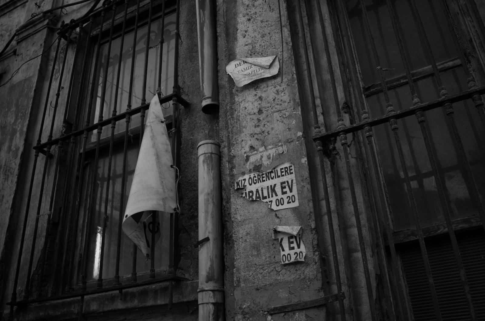 Wer leerstehende Häuser oder Industrieruinen sucht wird in Istanbul ebenfalls fündig
