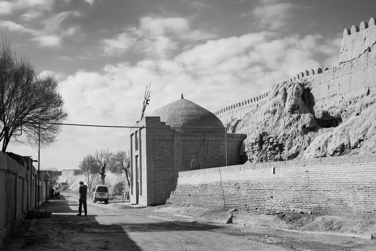 Die Stadtmauer von Xiva
